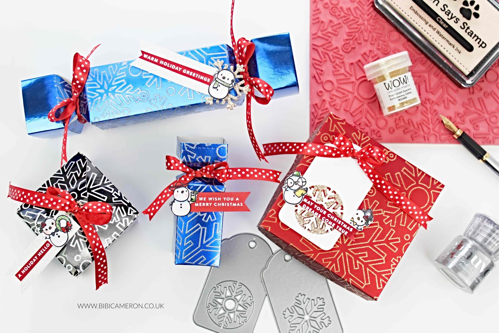 Heat Embossed  Mirror Cardstock Christmas Crackers and  Boxes | SSS Outline Snowflake Background Stamp